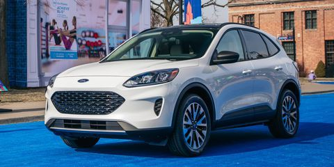 The 2020 Ford Escape Costs 25 980 To Start And More Than 40 000 Fully Loaded Ford Escape Ford Kuga Ford