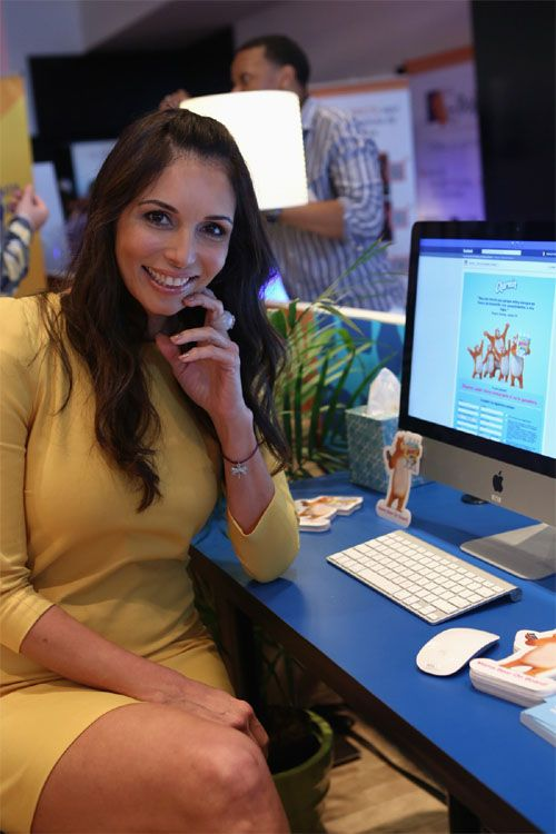 Giselle Blondet Joins Mommy Bloggers for Charmin