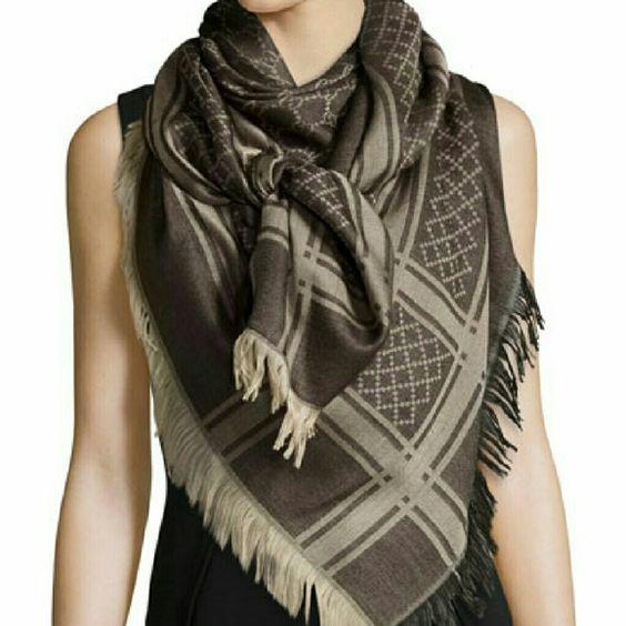 Gucci scarf good condotion Gucci Accessories Scarves & Wraps