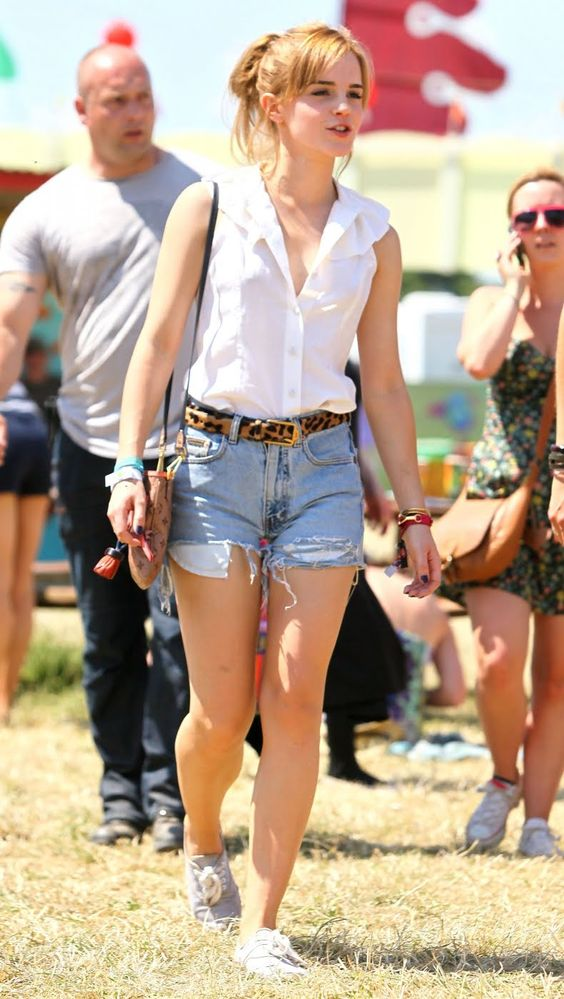 Emma Watson. Glastonbury. This outfit is so good. Simple.: