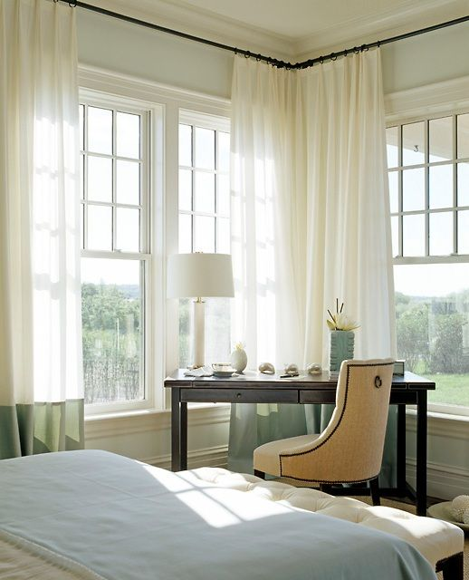 Classic Bedroom With Corner Windows And Curtains Corner Curtains