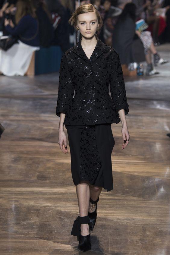 #ChristianDior   #fashion   #Koshchenets       Christian Dior Spring 2016 Couture Collection Photos - Vogue