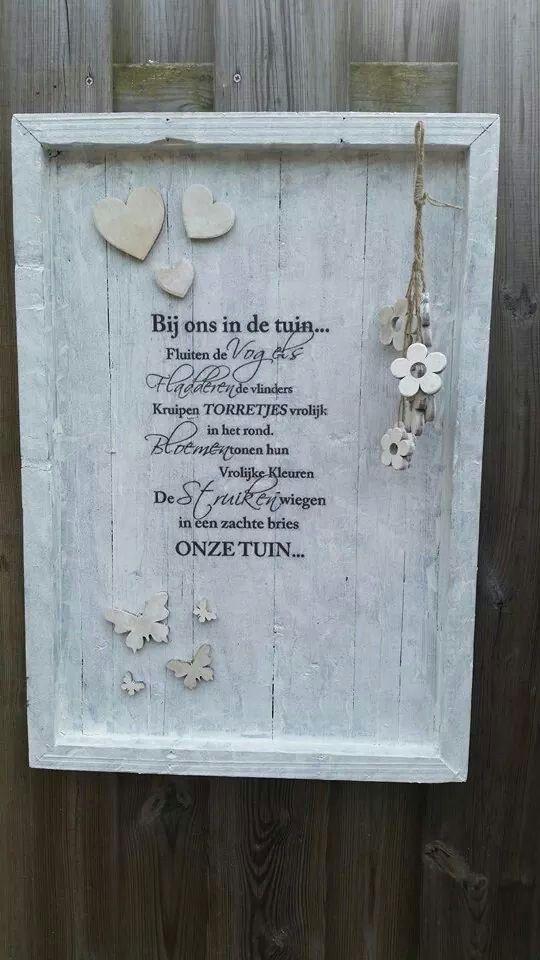 Bord tekst voor in de tuin