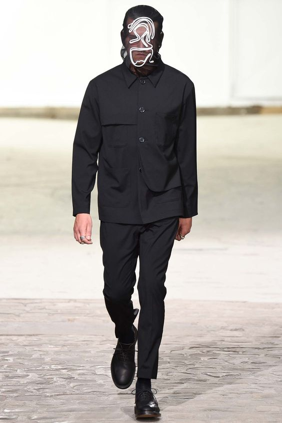 http://www.style.com/slideshows/fashion-shows/spring-2016-menswear/julien-david/collection/6