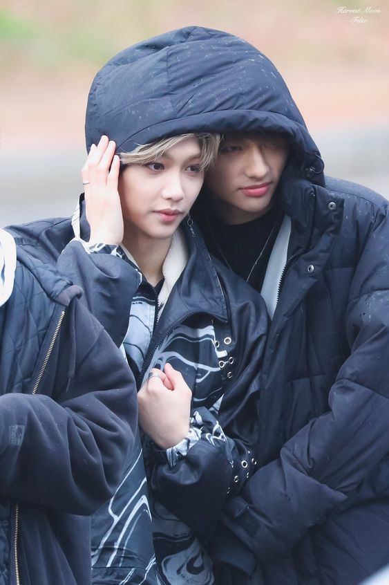Felix & Hyunjin | Stray Kids | Super cute, hiding under the same coat | Omg please this is too much i'm deceased
