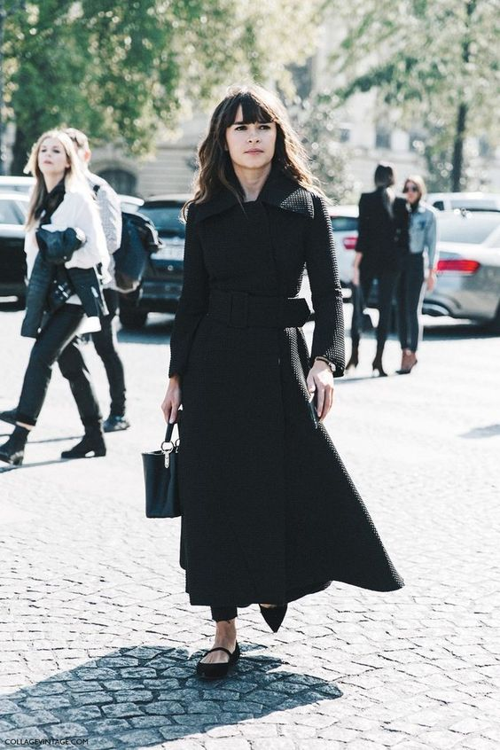 Miroslava Duma - Petite celebrities with style.  Re-pin via petitestyleonline.com