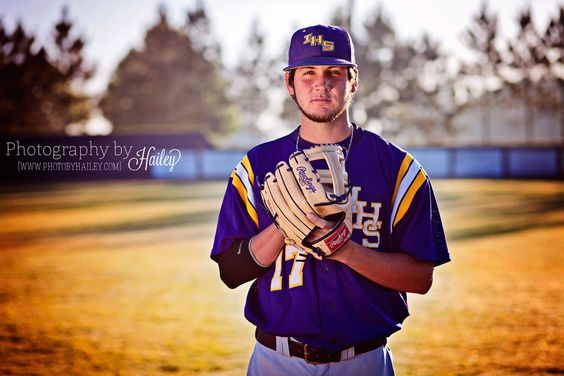 Senior Portrait Photography #PhotographybyHailey #seniorboy #baseballplayer #baseballfield #seniorpictures