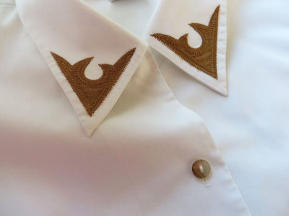 Vintage White Blouse Western Style Button up Long Sleeve Shoulder Pads Cotton Blend Womens Shirts Secretarys Large Size  Label Size: UK 18, USA