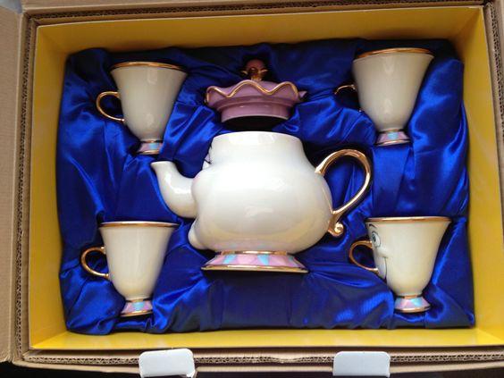 Disney Store Limited Edition Mrs Potts Chip Tea Set