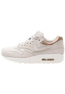 nike dunk gyrizo - AIR MAX 1 PREMIUM - Sneaker low - gamma grey/metallic golden tan ...