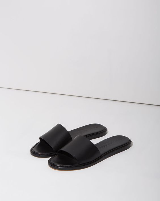 Woman by Common Projects Slide Sandal | La Garçonne: