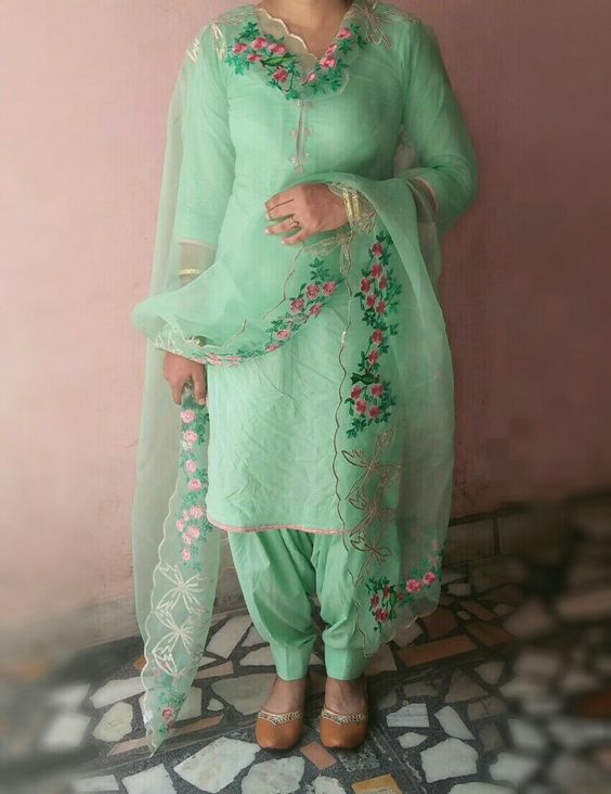 Summer Shalwar Kameez Designs Green outfit