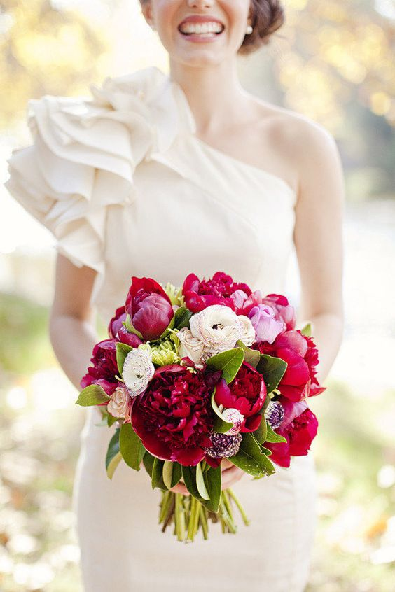 Red sophistication peony wedding bouquet: