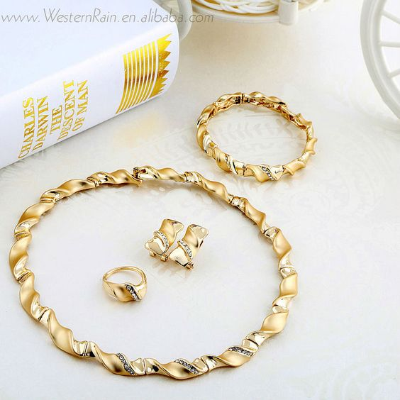 Free Shipping Wholesale Gold Plated Lovely Xmas Gift Twisted