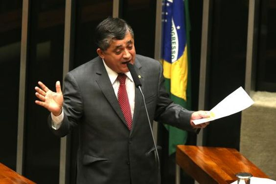 """BLOG ÁLVARO NEVES """"O ETERNO APRENDIZ"""" : GOVERNO ADMITE DERROTA NA CÂMARA, MAS DIZ QUE PODE..."""