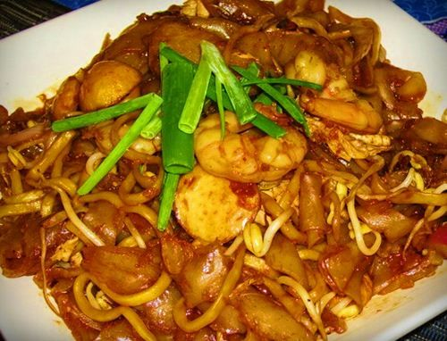 Resep Mie Goreng Telur Spesial Ala Restoran Mewah Cara Membuat Mie Goreng Spesial Dengan Tambahan Bakso Dan Udang Yang Membuat Rasanya Resep Masakan Makanan