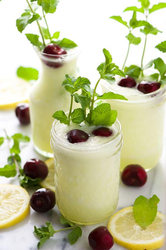 Skinny) Cherry Vodka Lemonade Slushies   Rezept   Getränke, Rewe ...