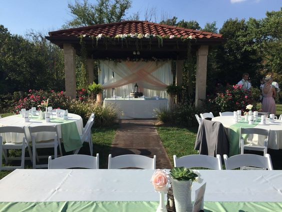Here is another idea for a wedding set up at Tuscan Hills Winery.  @enjoyillinois @visiteffingham