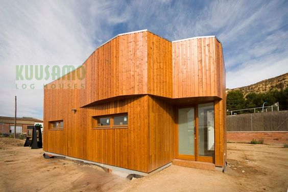 Casa de madera en aitona lleida de ecotec distribuidor - Casas de madera espana ...
