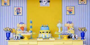 Resultado de imagem para decoração festa infantil minions