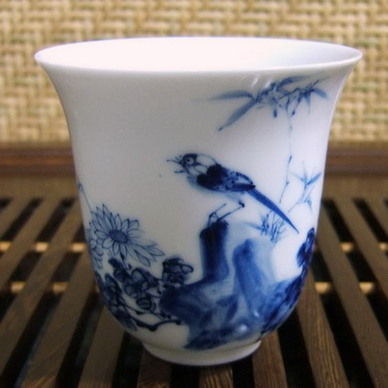 large blue and white Chinese porcelain sparrow teacup - interesting website