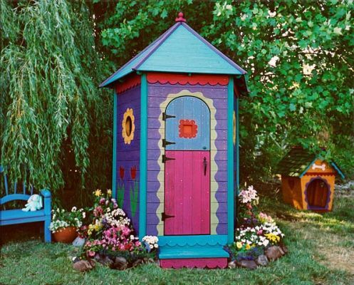 I love this little shed and would love to be able to paint like this.