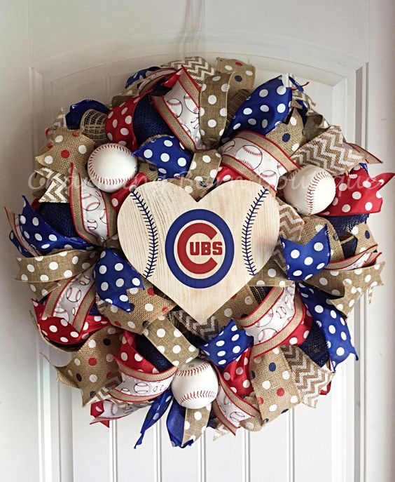 Chicago Cubs Wreath, Chicago Cubs Sign, Chicago Cubs Decor, Chicago Decor, MLB Wreath, Baseball Wreath, Baseball Decor by CharmingBarnBoutique on Etsy