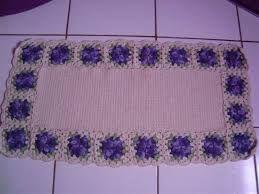 Resultado de imagem para tapetes de barbantes passo a passo com flores