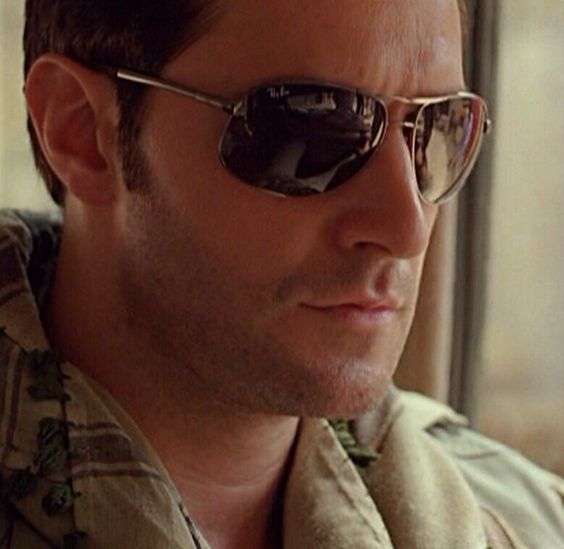 Richard Armitage. Too hot for words.