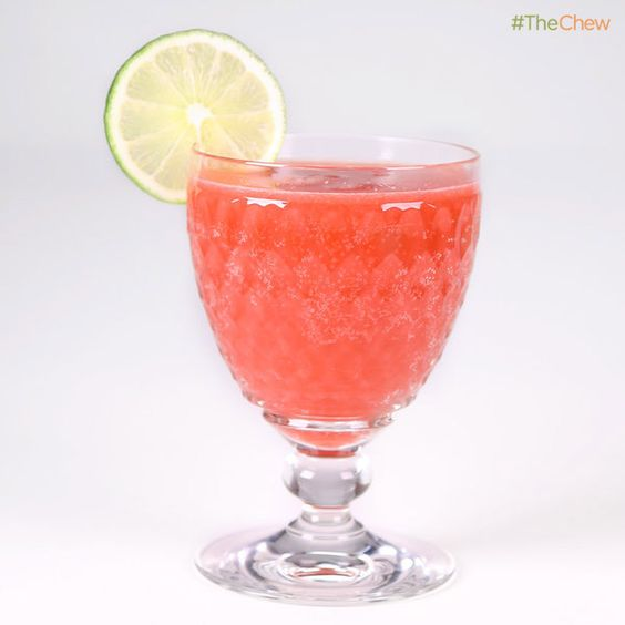 ... Kelly's Blood Orange Party Punch! #TheChew #Cocktail #BloodOrange