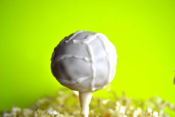 Volleyball! cake pops!