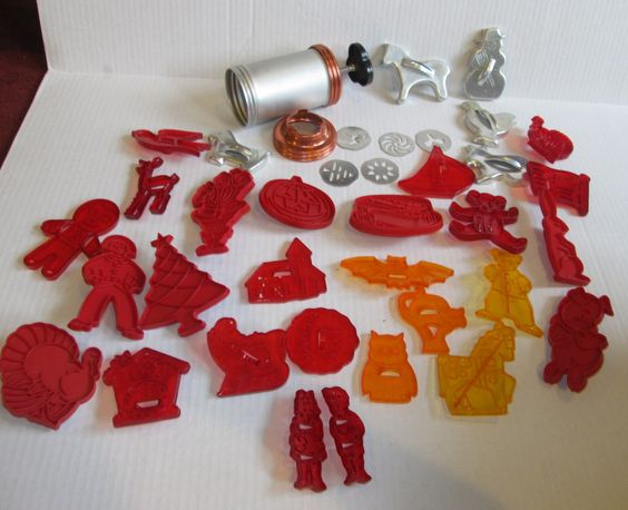 Vintage Mirro Cookie Press and Large Lot Cookie Cutters Retro 1960's Red Plastic Wilton More by suburbantreasure on Etsy