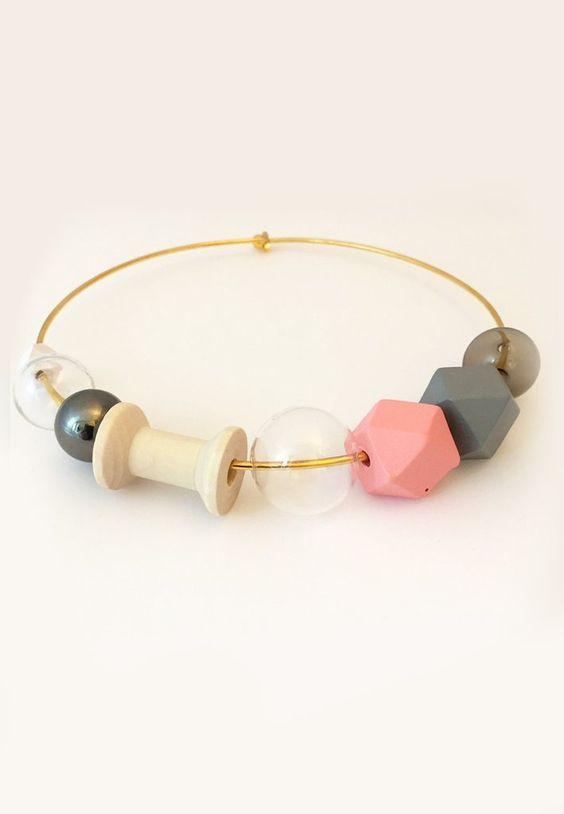Glass Beads Pink Collar