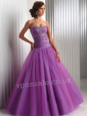I want this so badly for prom next year.  Only like 200 dollars...