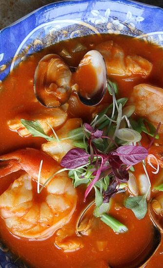 Spicy Tomato Seafood Chowder