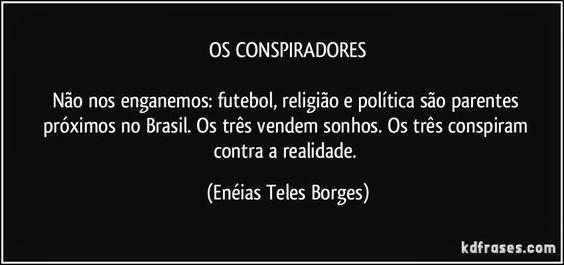 Colcha de retalhos de Débora De Bonis: Os ópios do povo