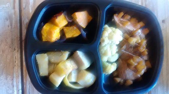 Yes Food Brasil - Linha SPA 380gr - Filé de porco com ervas e maçã, batata doce e legumes.