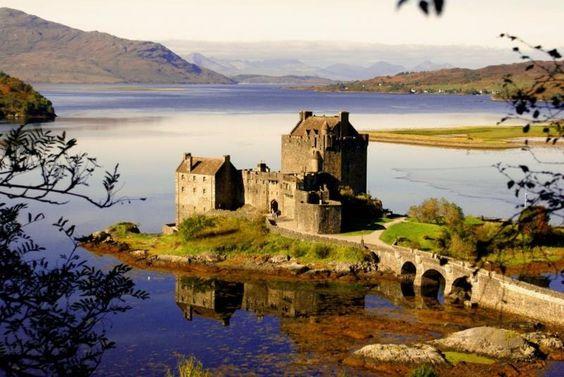 #7 Eilean Donan Castle, Scotland