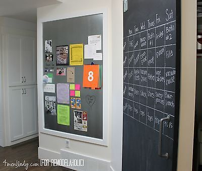 A large magnet board keeps important papers from being misplaced. (image: 4men1lady)