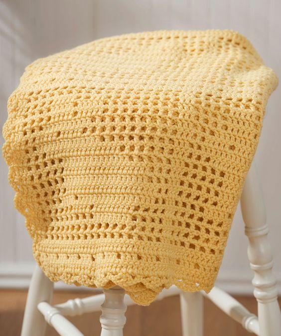 Great little baby blanket - free crochet pattern on Red Heart ...