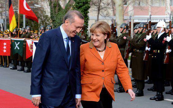 alalumieredunouveaumonde: Un deal Merkel-Erdogan: arrêt de mort pour l'Europe?