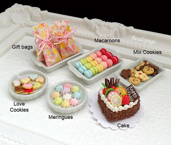 1:12 scale Dollhouse Miniature Party Set Food Cake by BEADSPAGE
