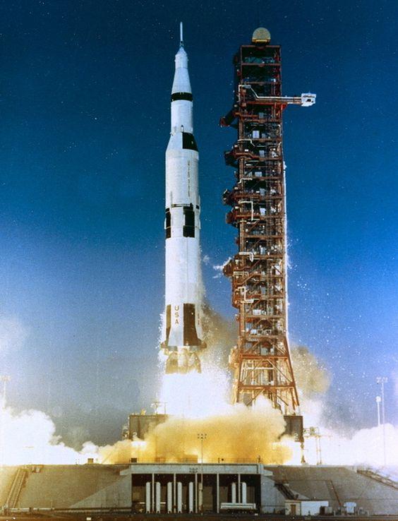 Google Image Result for http://i.space.com/images/i/11771/i02/as-502-apollo-6.jpg%3F1314646979