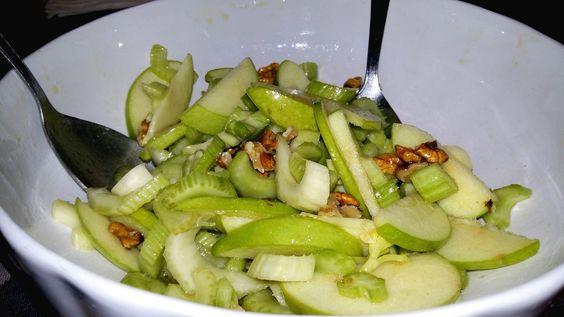 insalata di sedano mele e noci | nella mia cucina
