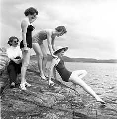 Norwegian bathing beauties 1954