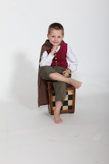 A little hobbit costume I made for my son. Instructions for making this yourself can be found on my blog Chronicle of a Lady.