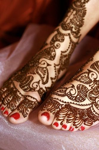 Mehndi On The Feet