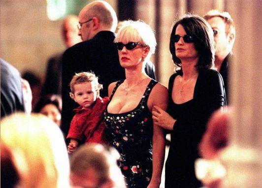 Paula Yates At Michael Hutchences Funeral November 27th 1997 Photo Credit AP