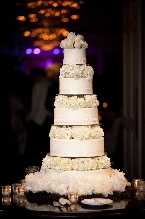 Beautiful wedding cake<3