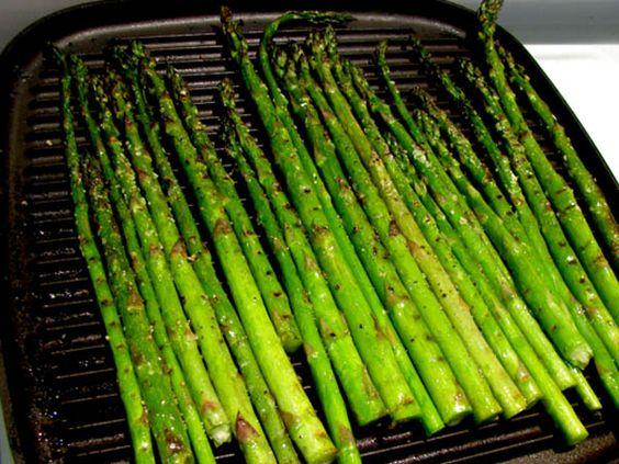 Pan-Grilled Spring Asparagus with Lemon Vinaigrette, via cooklikejames ...